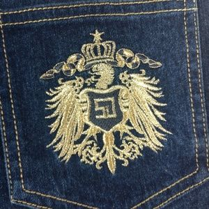 St John Jeans With Gold Embroidered Crest Size 10